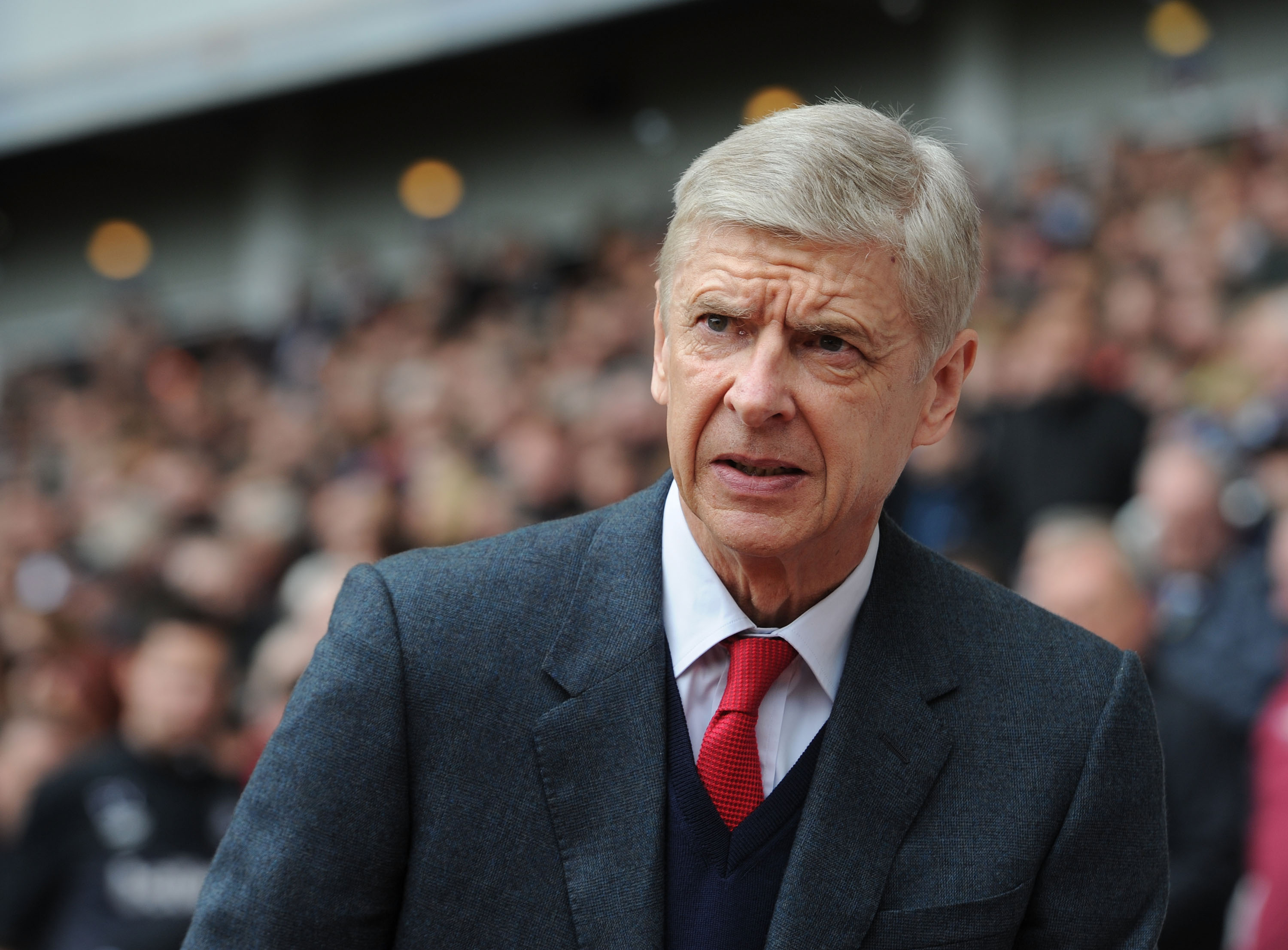 Wenger admits Arsenal's Prem position is in serious danger